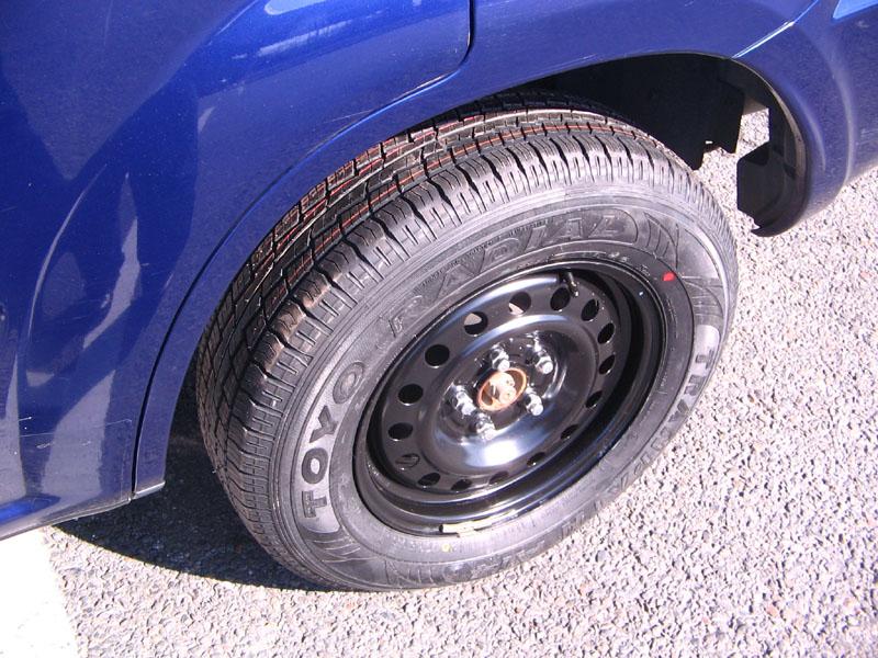 タイヤのサイドウォールとは?傷や膨らみがあった …